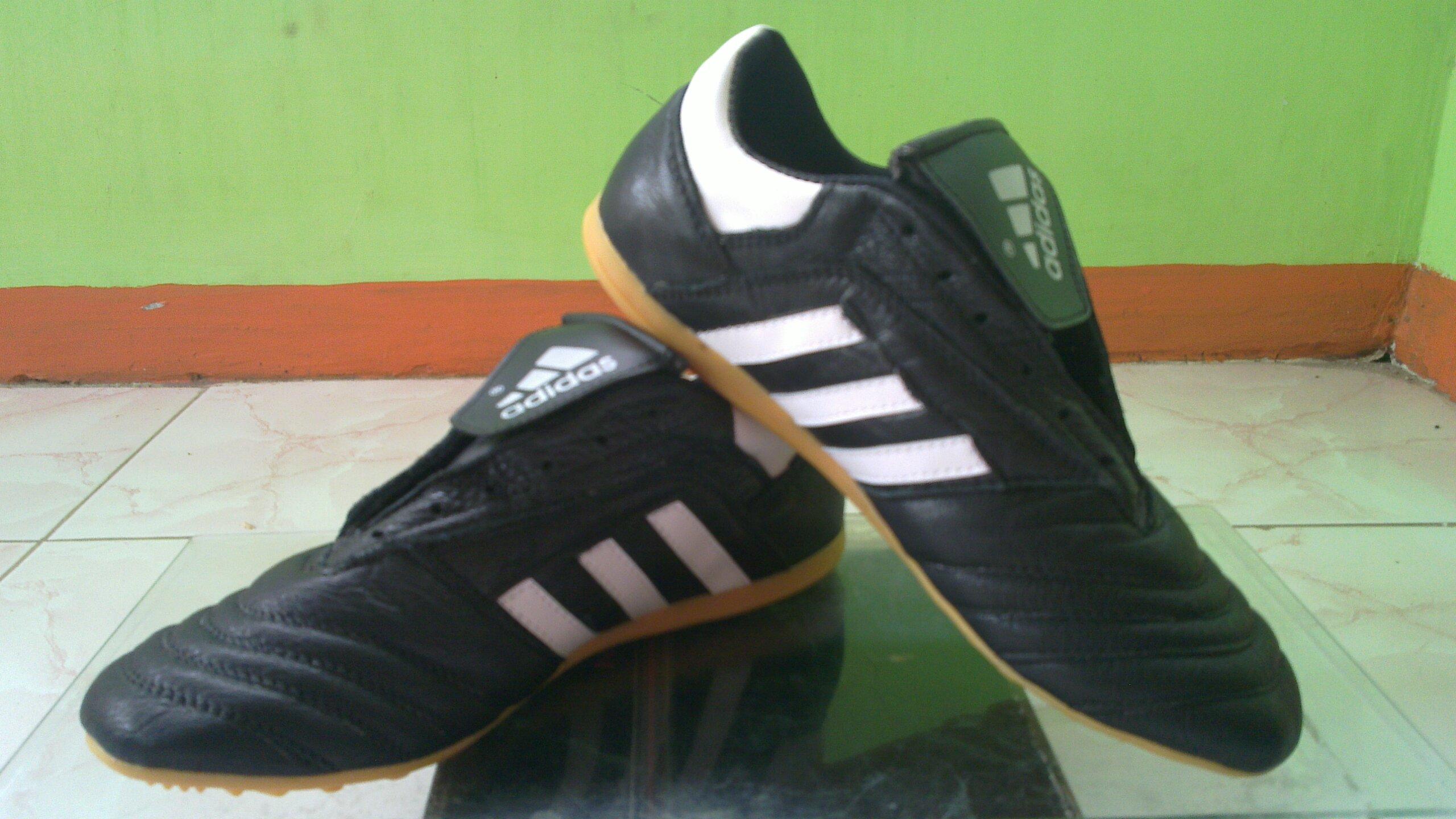 Jual Sepatu Futsal Murah Original Terbaru Toko line