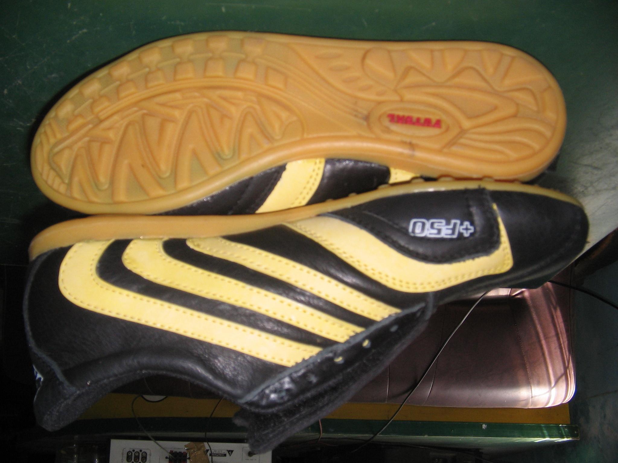 SEPATU FUTSAL | JUAL sepatu futsal | HARGA sepatu futsal